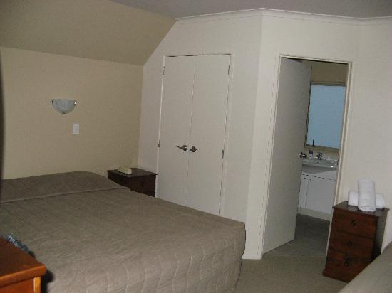BEST WESTERN Braeside Resort: Upstairs bedroom