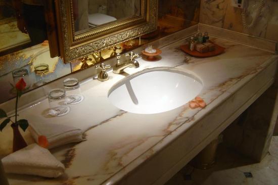 Palmeraie Palace: Bathroom