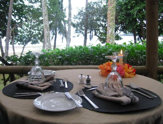 Lalati Resort & Spa: vernda dining