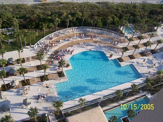 Myrtle Beach Marriott Resort & Spa at Grande Dunes: pool area-jacuzzi upper right