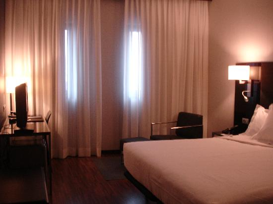 AC Hotel Milano Photo
