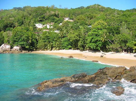 Glacis, Seychellerne: Blick von der Bar zum Strand