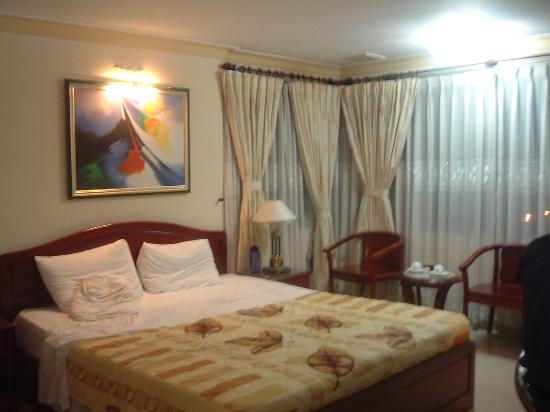 E Central Hotel Bui Vien: room 111