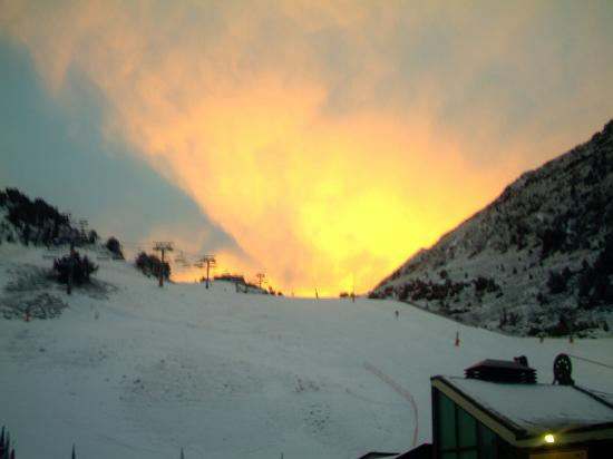 Hotel Crest: Beautiful sunset