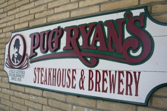 Pug Ryan's: A great restaurant in Dillon, CO