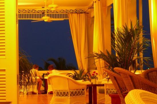 La Veranda Resort Phu Quoc - MGallery Collection: Sunset on the verandah