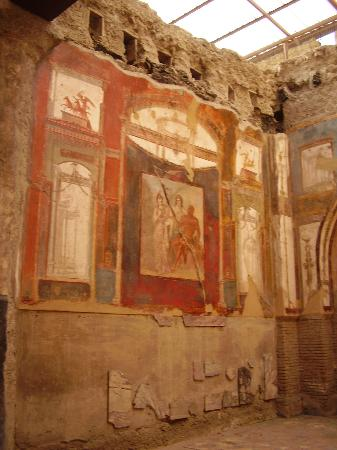 Ruins of Herculaneum: In the temple to the emperors