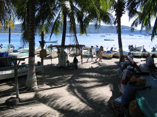 Zihuatanejo, Mexiko: Municipal beach