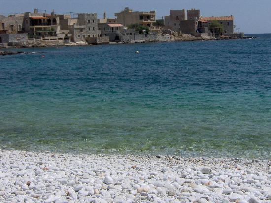 Mani Castle : Beach of Gerolinenas