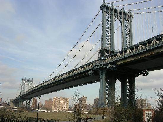 Greenwich Village Habitue: Manhatten Bridge