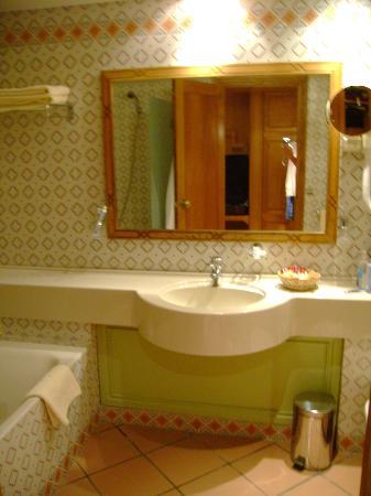 Palm Beach Palace Tozeur : Salle de bains