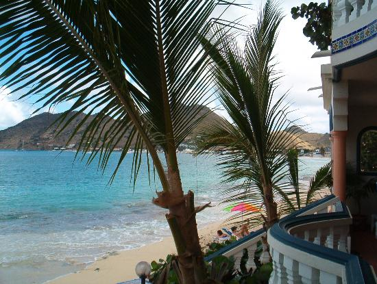 Le Petit Hotel: The View From the Beach Access Room