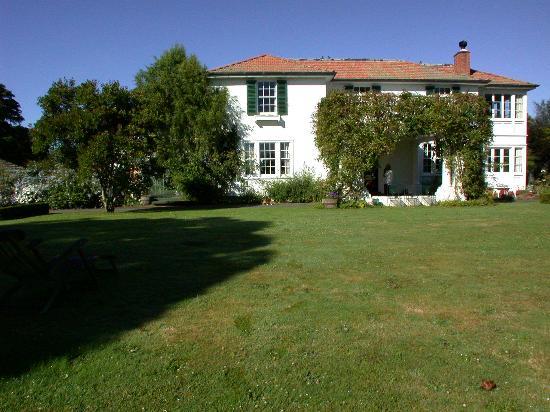 Arlesford house vista dal giardino
