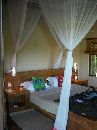 Vuyatela Lodge & Galago Camp: Inside our chalet