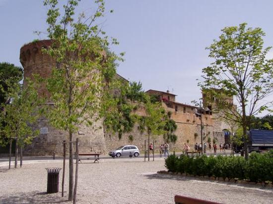 Villa Ducci: San Gimignagno