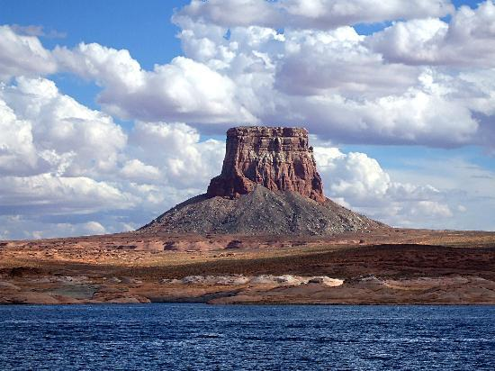 Lake Powell, UT: Lake view1