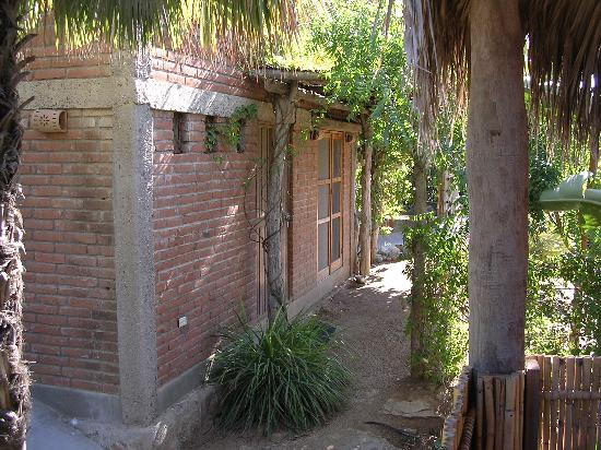 Las Palmas Casitas: The office in the garden