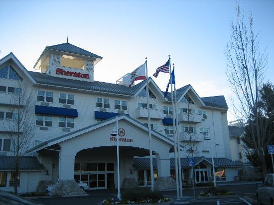 Sheraton Sonoma County Petaluma Hotel Front