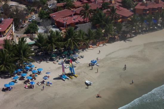 Ixtapa, Μεξικό: La Ropa Beach (from a parasail)