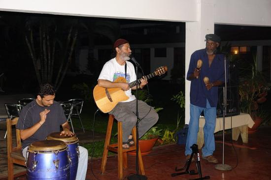 Hotel Jaguar: monestel & calypsonyan 1