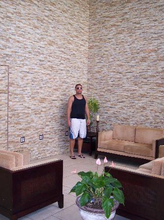 Hotel El Guajataca : Hotel Lobby