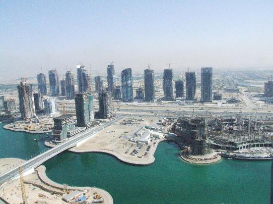 JA Oasis Beach Tower : View developing Marina