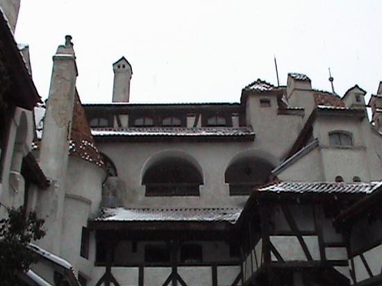 Château de Bran : View From Courtyard