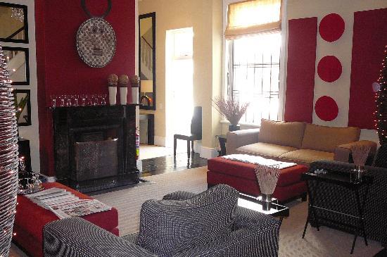 An African Villa - the livingroom