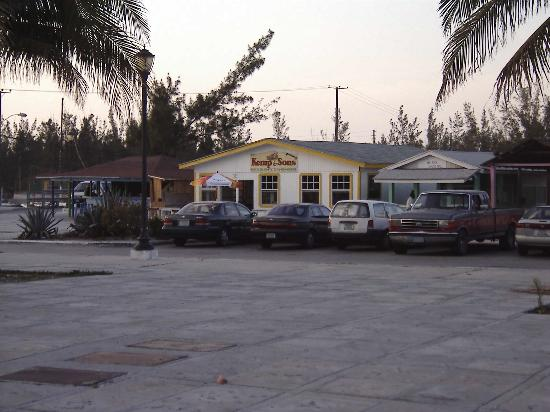 Arawak Cay : For a quick snack, we buy our conch fritters from Kemp and Sons
