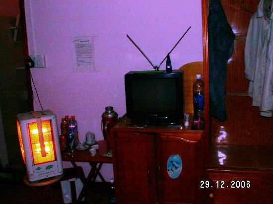 Electronic heater and TV - Anh Tuan Hotel