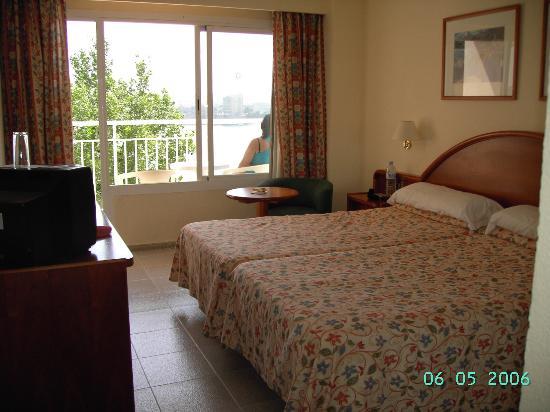 Sunlight Bahia Principe Coral Playa: habitación