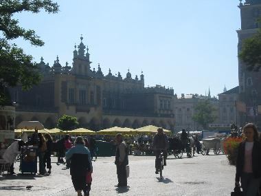 Sukiennice and the market square.