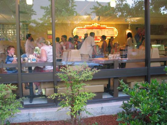 Foto de Zoey's Café and All Natural Ice Cream