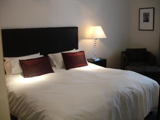 Ramada Perth, The Outram : Our bedroom