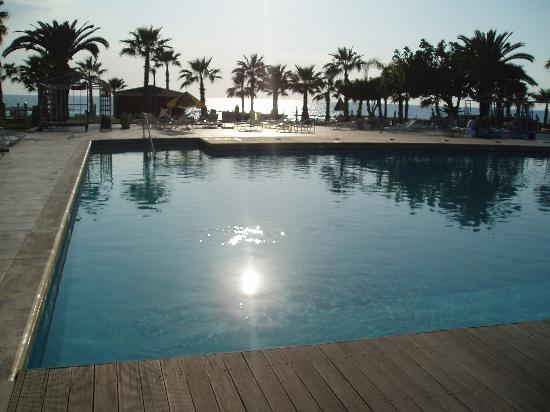 Louis Ledra Beach: Hotel pool