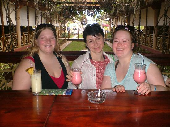 punta cana single christian girls Breathless punta cana resort & spa adults  besides all-inclusive resorts for singles,  singles getaways has an all-inclusive package for that fun and relaxing .