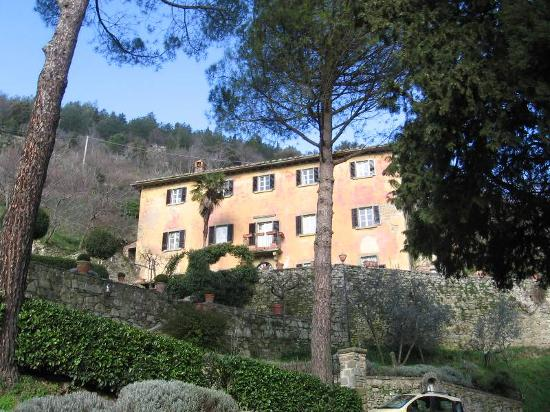 Le Gelosie Bed and Breakfast and Apartments: Under the Tuscan Sun House!