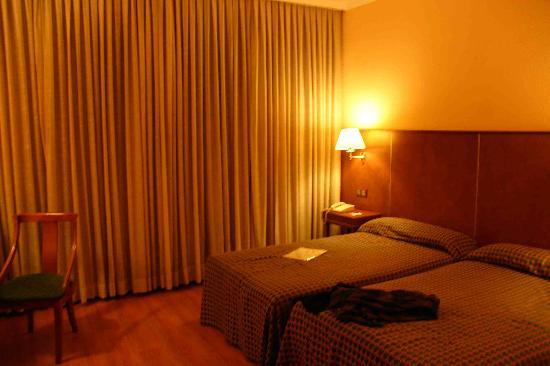 Cason del Tormes : Double bedroom