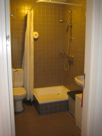 Hotel The Neighbour's Magnolia : Penthouse bathroom