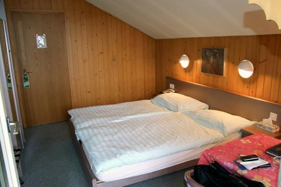Hotel Post AG Zweisimmen: My room