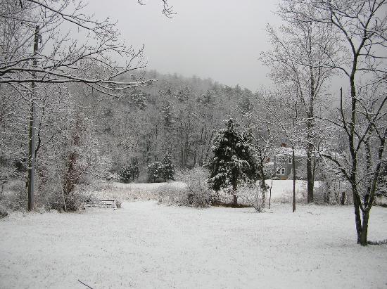 The Inn at Sugar Hollow Farm: More Snow