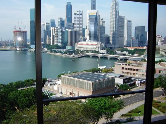 Mandarin Oriental, Singapore: Harbourview Room Daytime