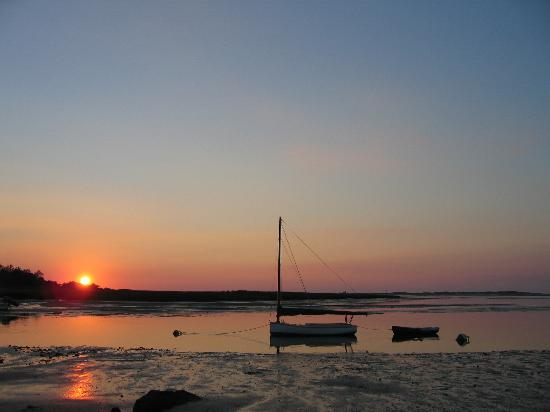 Yarmouth Port, MA: Warf Lane Sunset