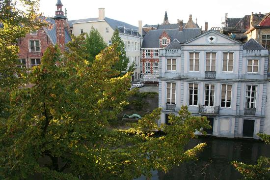 Die Swaene: A room with a view