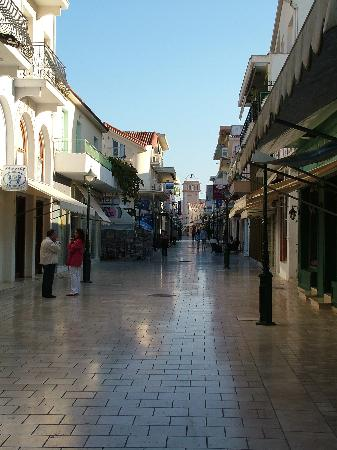 Cephalonia, Greece: The pedestrianised main shopping street Lithostrotos