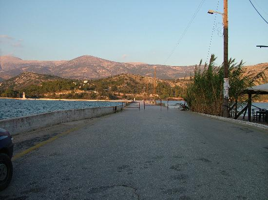 Cephalonia, Greece: The entrance to the bridge