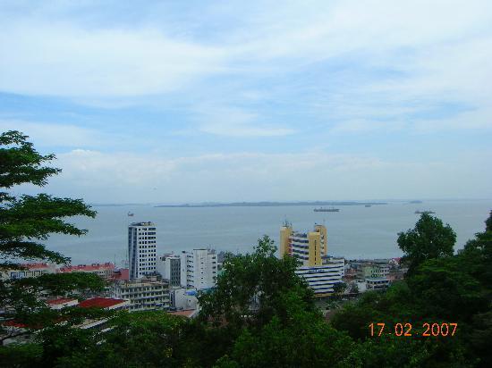 Sabah Hotel Sandakan: Agnes Keith House view.