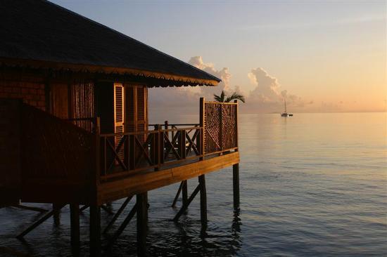 Sipadan Water Village Resort: SWV chalet at sunrise