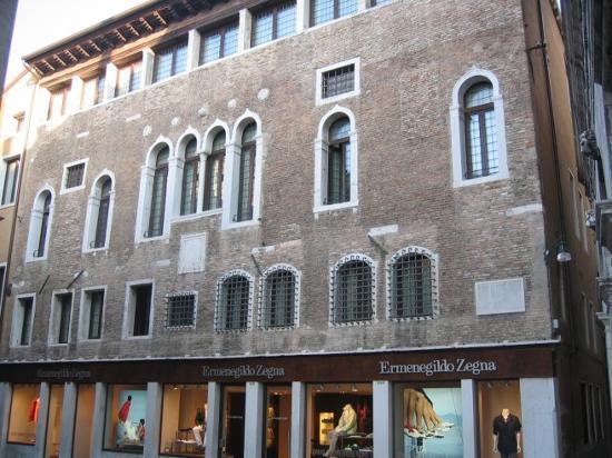 Palazzo Selvadego: Fachada Palazzo del Selvadego