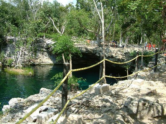 Cenote Ponderosa: Ponderosa Cenote 2007